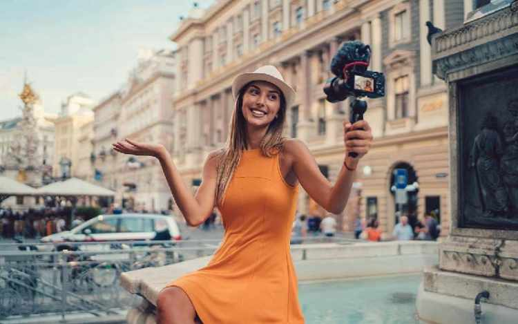 make money with vlogging